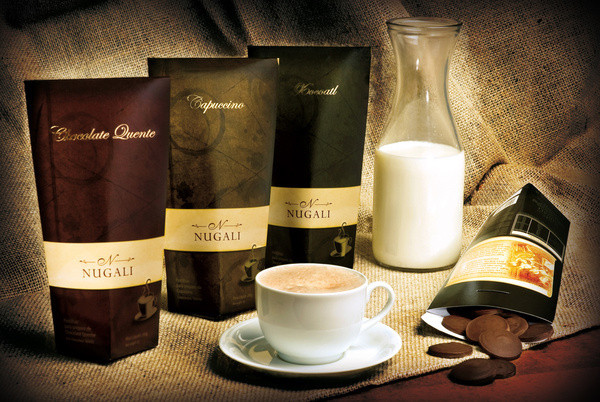 Bebidas Chocolate Packaging Design