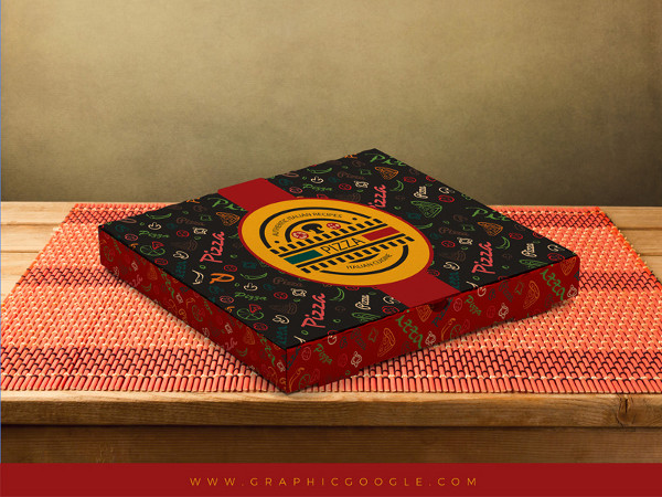 Free Pizza Box Packaging Mock-Up